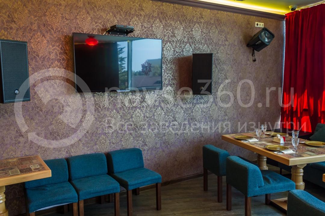 Вид внутри чайхоны Торне, ресторан в Сочи 5