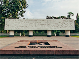 Площадь Памяти Героев, мемориальный комплекс