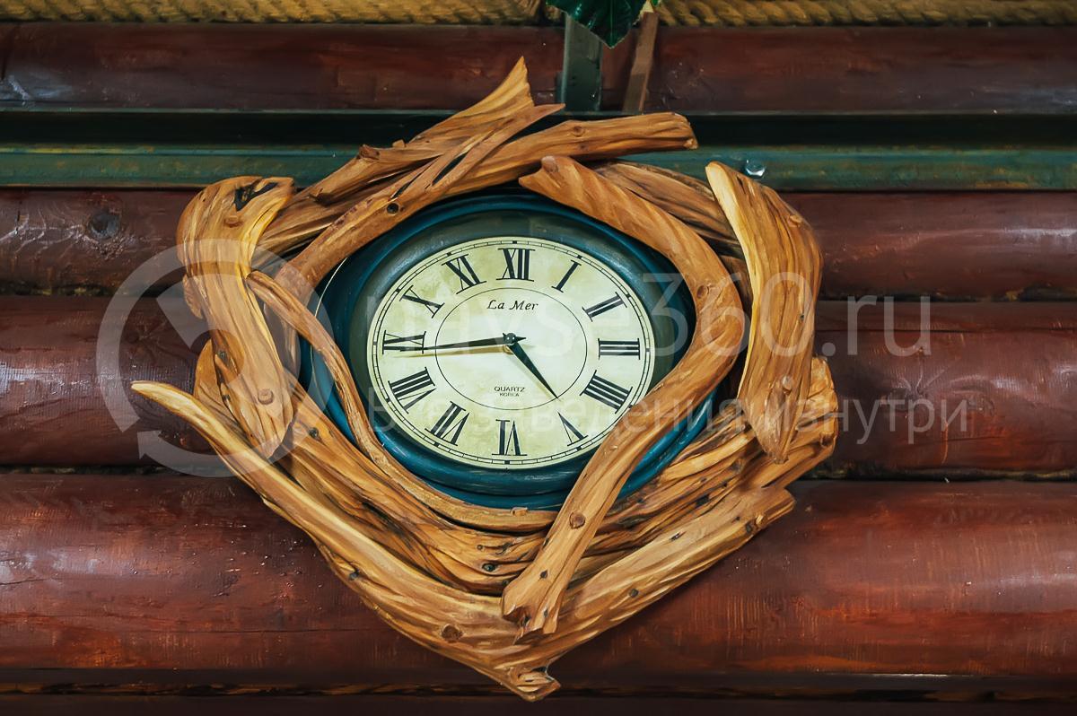 Гостевой дом Эко Дом, Гуамка, часы
