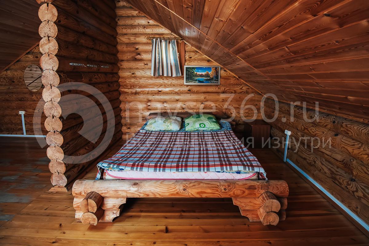 Турбаза Горная Кубань Мезмай, коттедж, кровать