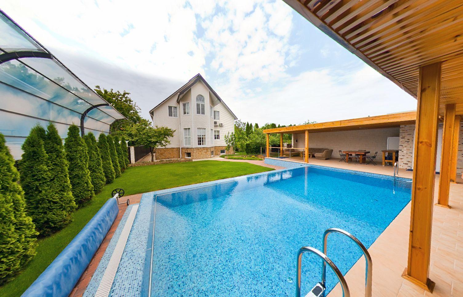 Купить дом в Витязево с бассейном 5