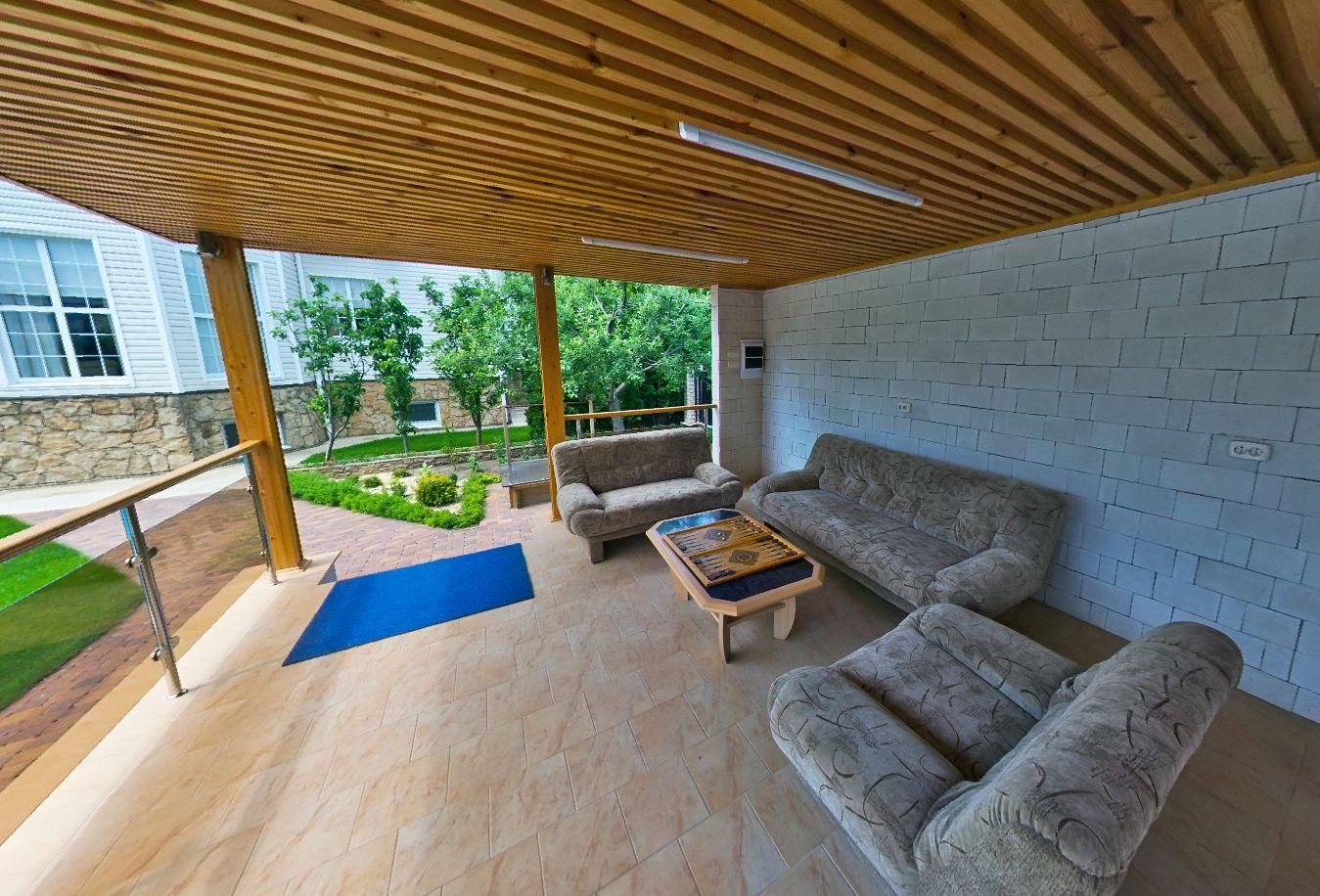 Купить дом в Витязево_зона отдыха у бассейна