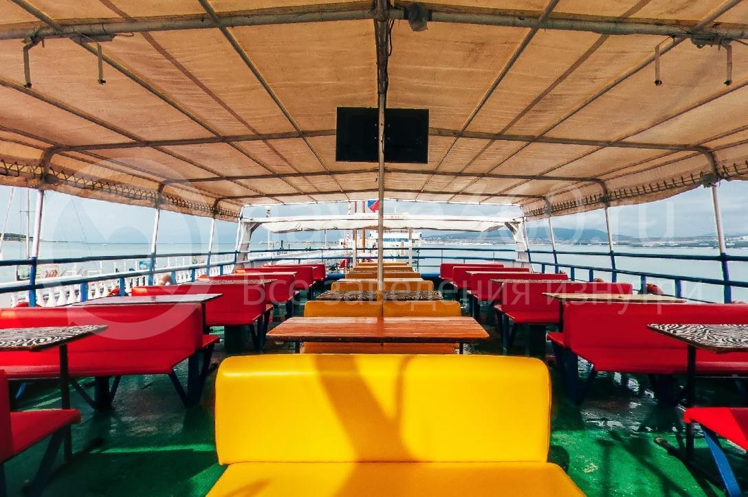 Саламандра, лайнер морские прогулки геленджик 05