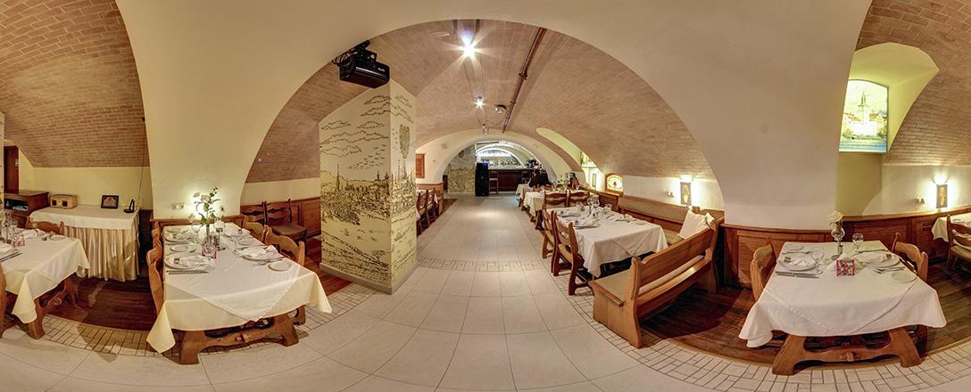 Прага, ресторан