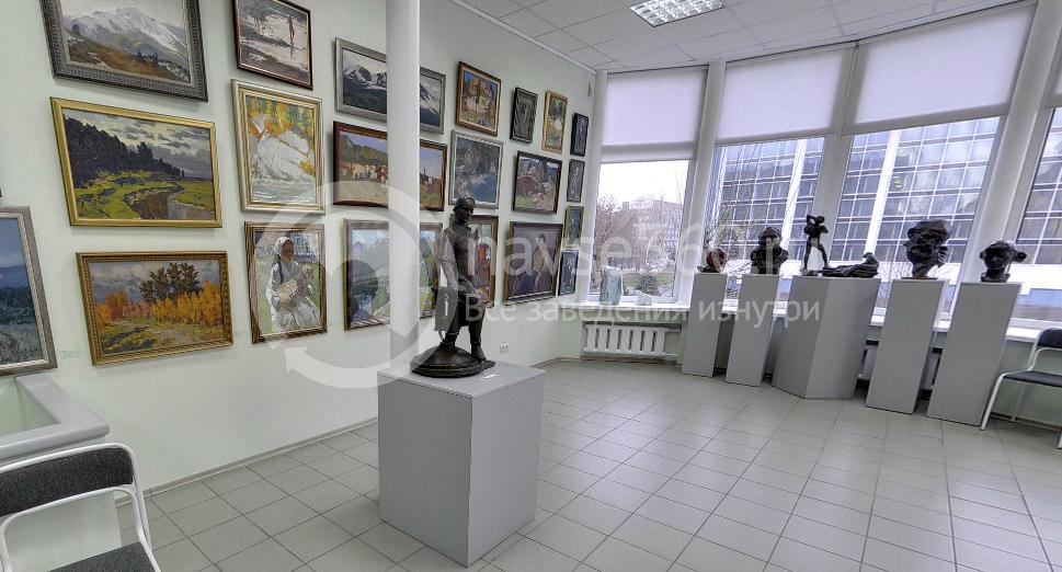 Выставочный зал галереи