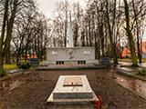 Мемориальный комплекс на братской могиле воинов, погибших при штурме Кёнигсберга в апреле 1945 года