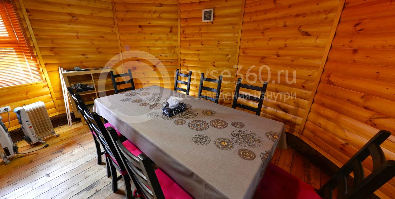 Большая беседка в кафе Кавказская кухня