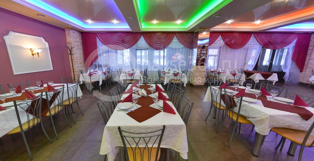 Основной зал кафе Венеция