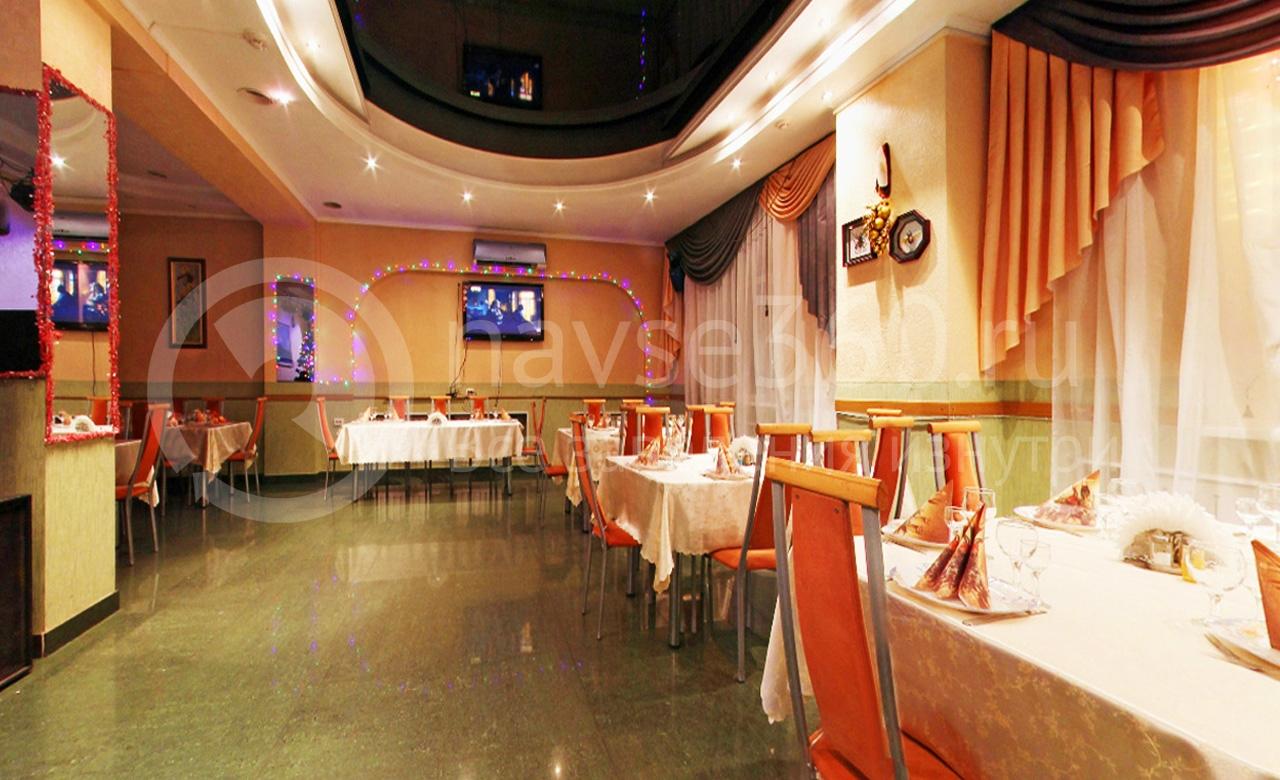 Банкетный зал в кафе Романтика