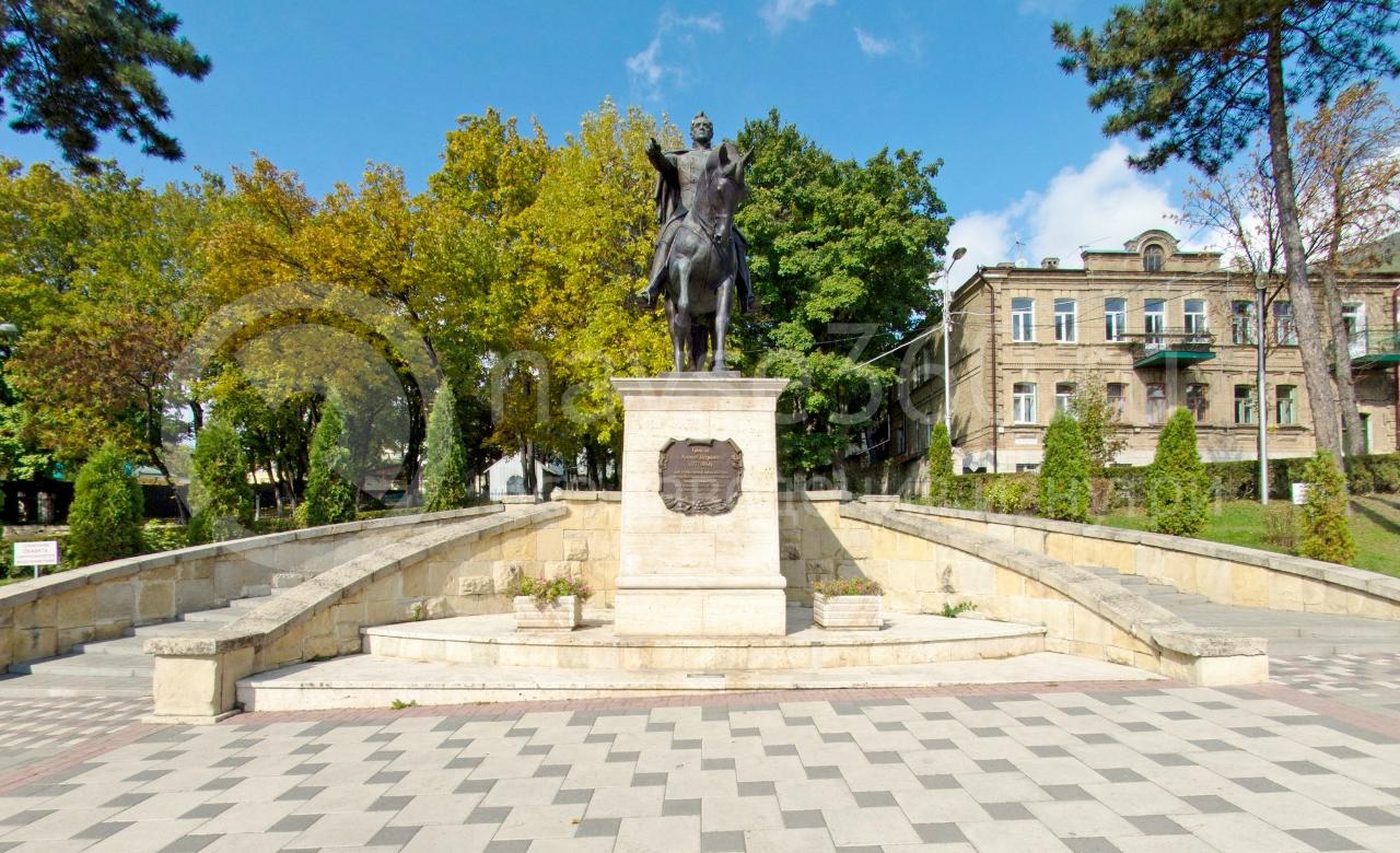 Ермолов А.П.  Пятигорск, памятник